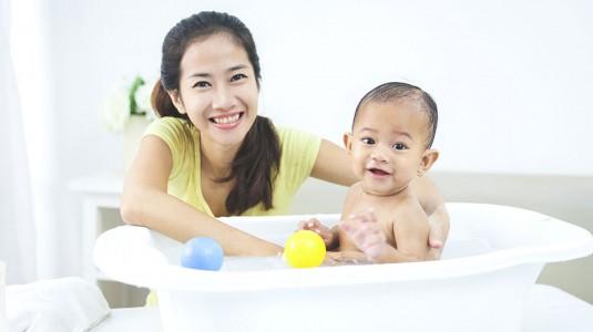 Meminimalisir Resiko Iritasi Kulit Bayi dengan Menggunakan Skincare Alami