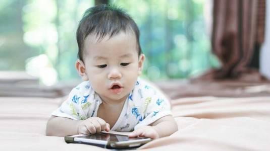 Stimulasi Bayi 9 Bulan Belum Bisa Apa-Apa