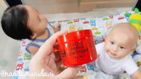 Rewiew Lucas Papaw Oinment: Si Merah yang Banyak Manfaat