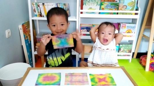 Ide Bermain untuk si Kecil: Tie Dye Art