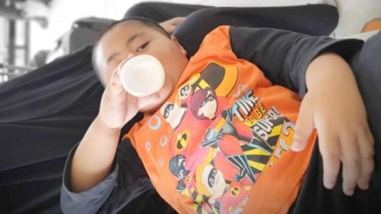 Hindari Kolik pada Anak dengan Menggunakan Botol Susu Anti Kolik