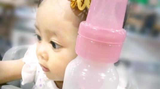 Manfaat Mengganti Botol Susu Biasa dengan Botol Susu Anti Kolik