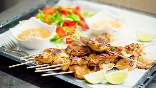 Mitos dan Fakta Makanan yang Tidak Boleh Dikonsumsi Bumil