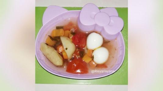 Sup Telur Puyuh Kuah Rempah, Makanan Bergizi untuk si Kecil yang Sedang Flu