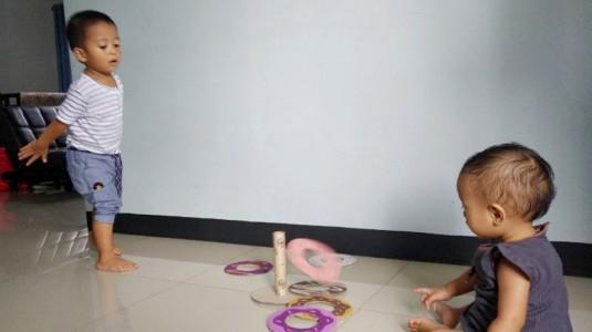 Ide Bermain untuk si Kecil: Doughnut Ring Toss