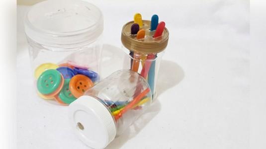 Homemade Toys Untuk Melatih Sensor Motorik Balita