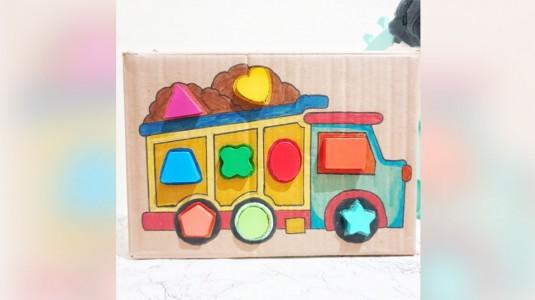 DIY Ide Bermain Edukatif Sorting Shapes Box