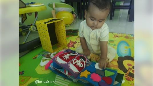 Bermain dan Belajar dengan Busy Book dari Fox and Bunny