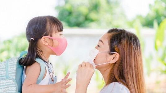 6 Tips Menjaga Kesehatan Si Kecil Selama Pandemi Virus Corona
