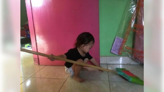 Yuk, Latih Anak Mengerjakan Tugas Rumah