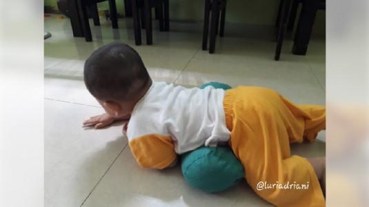 Jangan Lewatkan Fase Merangkak Bayi