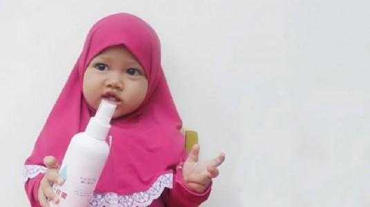 Awas!! Jangan Asal Memilih Hand Sanitizer untuk Si Kecil