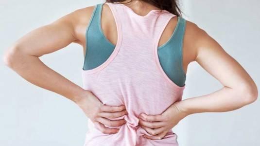 Sakit Pinggang: Tanda Kehamilan, atau Hanya Menstruasi?