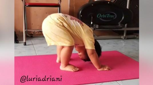 Yoga, Olahraga Pilihan Ibuk Fiersa