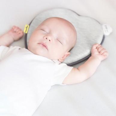Manfaat Penggunaan Bantal Sejak Newborn