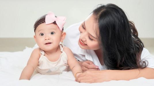 Tips Mencegah dan Mengatasi Speech Delay pada Tumbuh Kembang Anak