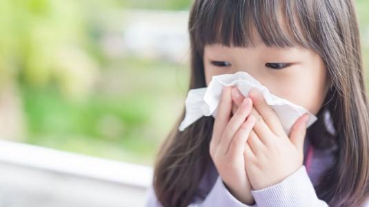 Si Kecil Alergi Susu Sapi, Bagaimana Cara Mengatasinya?