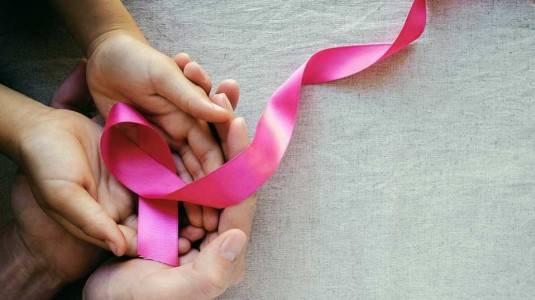 Ciri Kanker Payudara pada Ibu Menyusui