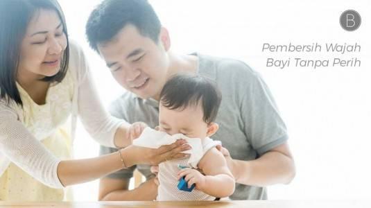 Pembersih Wajah Bayi Tanpa Perih