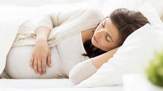 Tips Tidur Nyenyak Saat Hamil