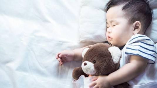 Cara Mengatasi Bayi Yang Sering Bangun Tengah Malam