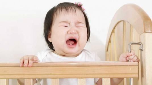 Yang Harus Dilakukan Ketika Anak Jatuh Dari Tempat Tidur