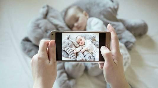 Tips Mengunggah Foto Anak Di Media Sosial