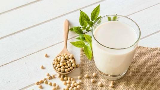 Cegah Osteoporosis Dengan Susu Kedelai