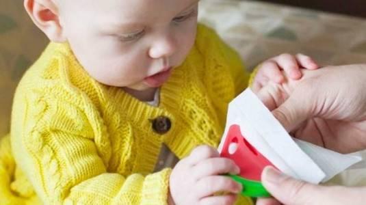 Cara Praktis Membersihkan Perlengkapan Bayi Yang Kotor