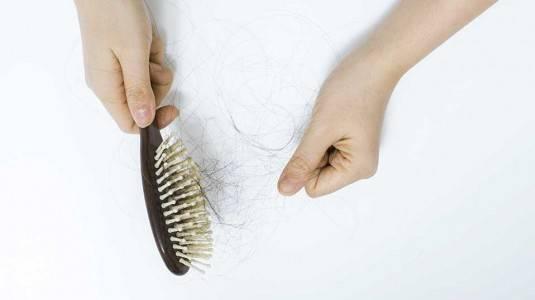 Apakah Rambut Rontok Disebabkan Oleh Anak Main Ludah?