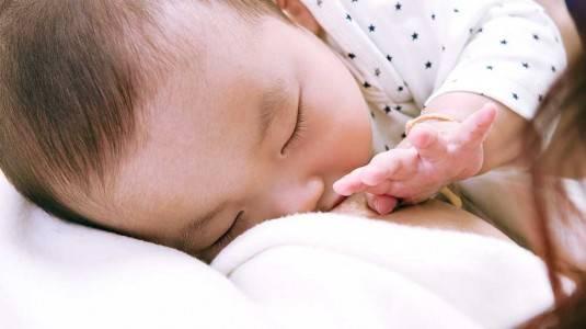 Cara Mengatasi Clogged Duct atau ASI Kesumbat ala Mami Dila