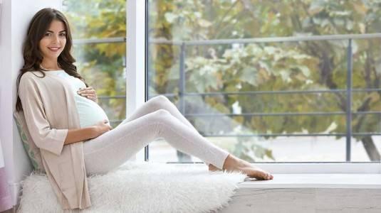 Wajah Bengkak Selama Masa Kehamilan, Apakah Normal?