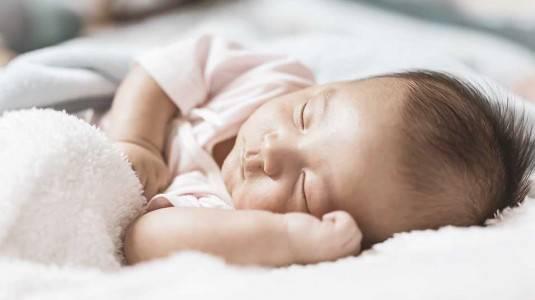 Bagaimana Membentuk Kebiasaan Tidur Si Kecil?