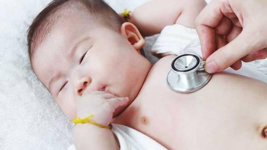 5 Gejala Batuk Pada Bayi Yang Wajib Anda Waspadai