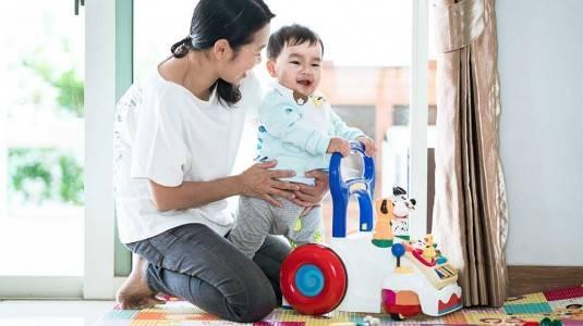Stimulasi Bayi Usia 10-12 Bulan