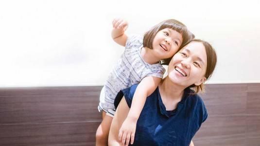 Mengapa Si Kecil Berperilaku Lebih Buruk Ketika Bersama Ibunya?