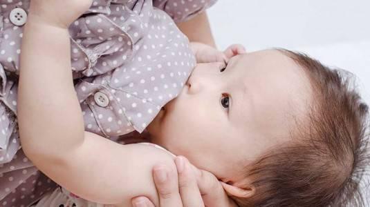 Sukses Menyusui untuk New Mommy