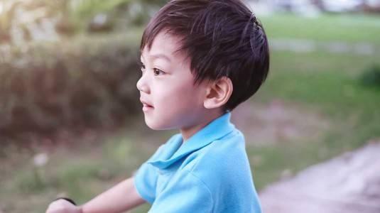 Anak Suka Memegang Alat Kelaminnya Sendiri?