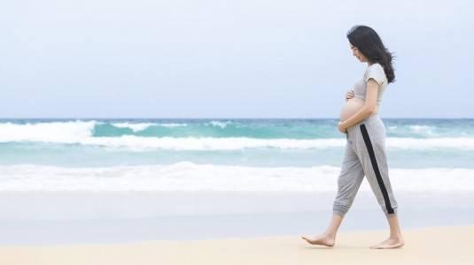 Manfaat Jalan Pagi Saat hamil 6 Bulan