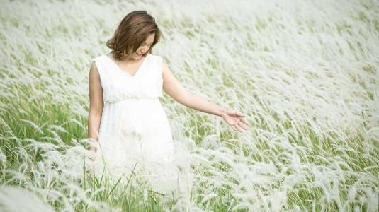 Tetap Tampil Cantik Saat Hamil 8 Bulan