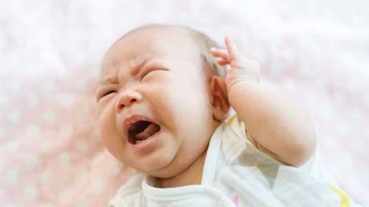 Bayi Menangis Histeris Tiba-tiba Saat Tidur, Mistiskah?