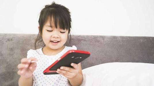 Anak Kecanduan Gadget? Lebih Baik Mencegah Daripada Mengobati