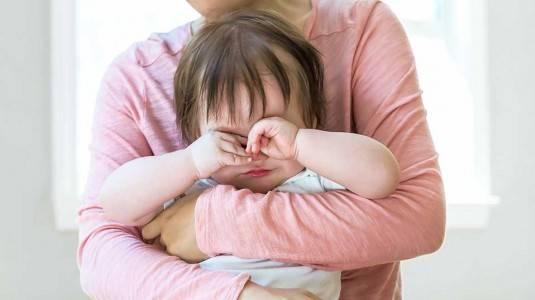 Gejala dan Penyebab Mutisme Selektif pada Anak