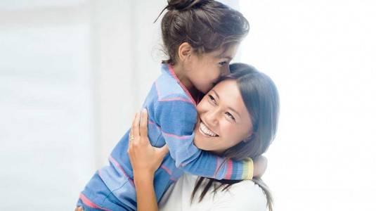 Pentingnya Sebuah Pelukan pada Anak Setiap Hari