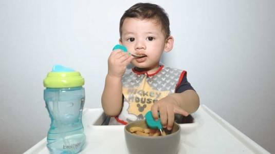 Review Peralatan Makan si Kecil: Marcus&Marcus dan Brother Max