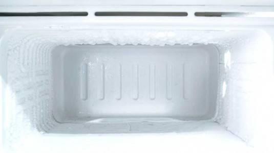 Tips Mencegah Bunga Es pada Kulkas/Freezer
