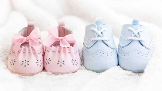 Gunakan Sepatu Sesuai Usia si Kecil ya Moms