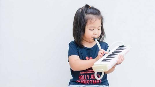 Pentingkah Musik untuk Perkembangan Anak?