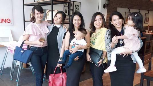 Tips Menciptakan Support System Positif Antar Moms