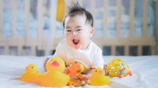 Membelikan Mainan Dapat Mempengaruhi Kepribadian Anak